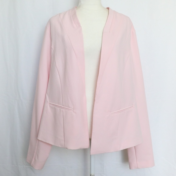8d199c86ae99c Torrid Women s Open Front Blazer Pink Plus size 3 NWT